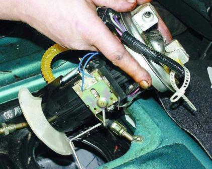 Замена бензонасоса на ВАЗ 211 , ВАЗ 2111, ВАЗ 2112