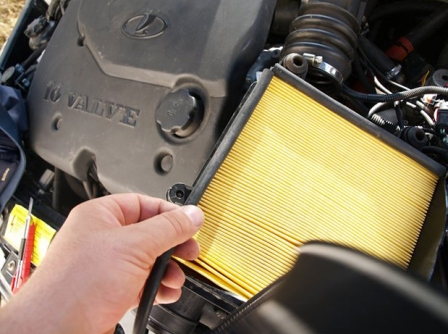Снятие и замена воздушного фильтра ВАЗ 2110, 2111, 2112