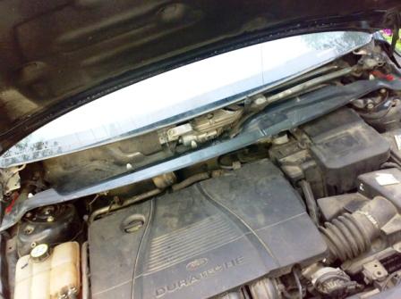 Снимаем защитную панель на Ford Focus 2