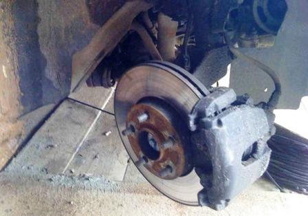 Выворачиваем колесо Ford Focus 2