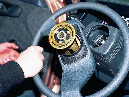 Снимаем и меняем руль ВАЗ 2110, 2111, 2112