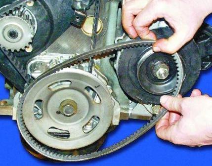 Снимаем и меняем ремень генератора ВАЗ 2108, 2109, 21099