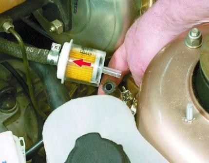 Устанавливаем новый топливный фильтр ВАЗ 2108, 2109, 21099