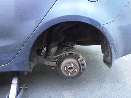 как поменять тормозные диски на киа рио 2012 видео